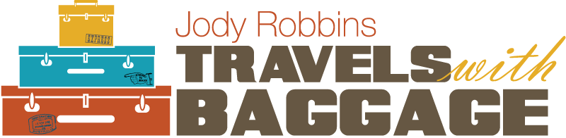 Travels-with-Baggage-logo-2017-800x196