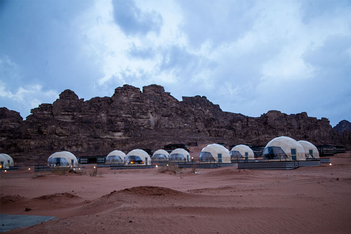 jordan-bubble-tent-camp