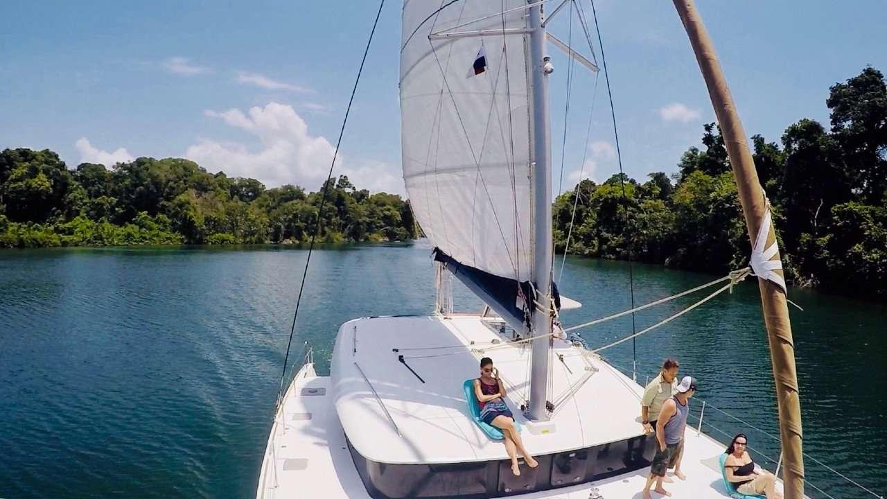panama-boating